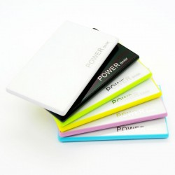 Power Bank 2200mAh ultra Slim format carte de credit