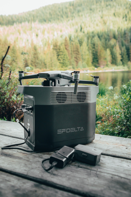 Batterie ecoflow delta 1800W drone camping bricolage jardinage